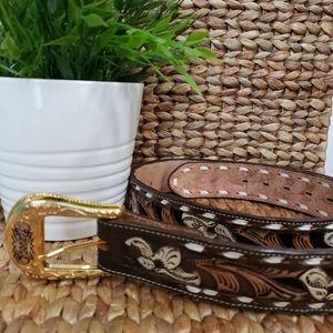 Nacona Kona Kut tooled leather western belt ladies